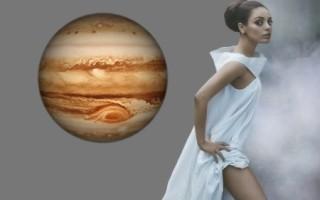 Восхождение Юпитер (от создателей Матрицы, 2014)