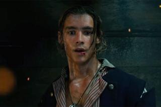 В фичуретке новых «Пиратов Карибского моря» показали сына Уилла Тёрнера