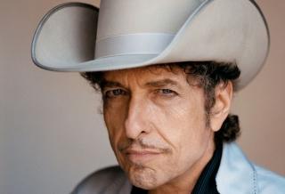 Боб Дилан решил забрать Нобелевскую премию