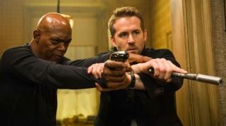 Райан Рейнольдс и Сэмюел Л. Джексон вернутся в сиквеле «Телохранителя киллера»
