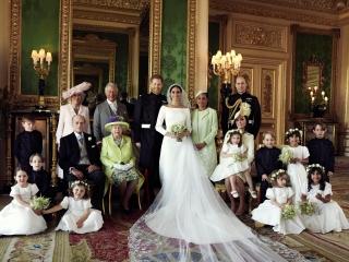Первые официальные фотографии со свадьбы принца Гарри и Меган Маркл