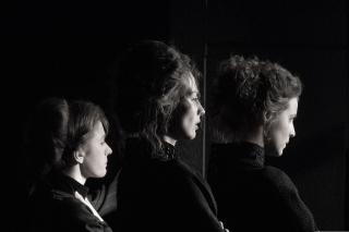 «Три сестры» Сергея Женовача