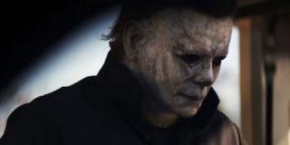 Майкл Майерс возвращается в первом трейлере «Хэллоуина»