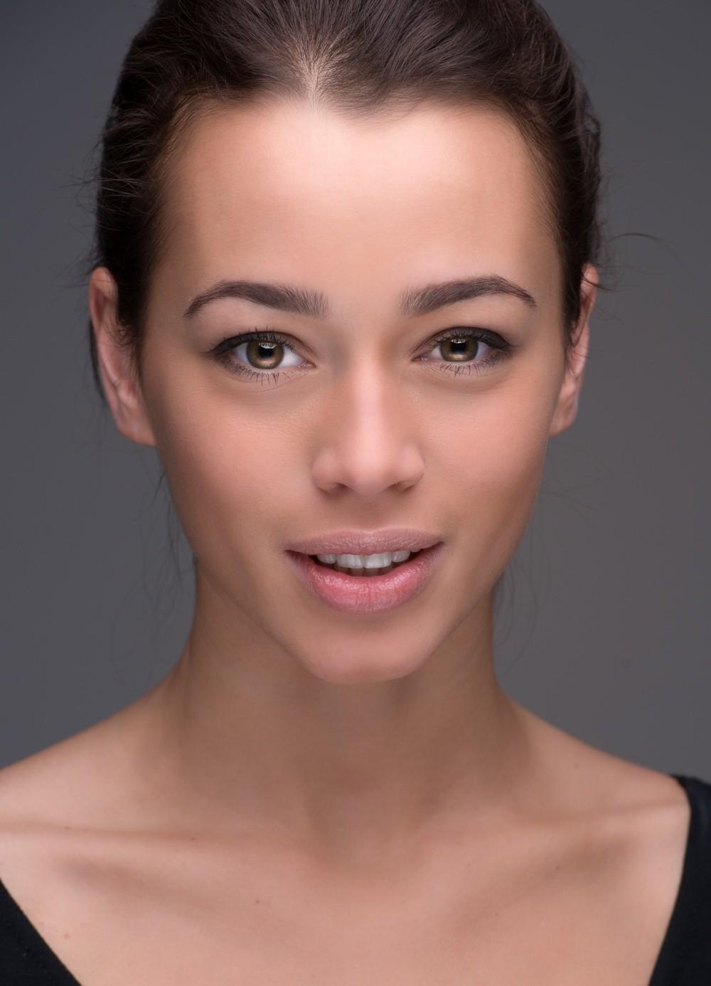 Список российских актрис дарья 18 фотография
